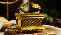 EIne Weissagung in Leinen, Silber und Gold, Teil 2