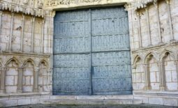 ornate-doorway-258193_960_720